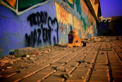 Teddy On The Go - Banksy